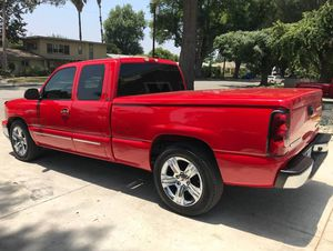 Chevrolet Silverado 2OO5 FrimPrice$15OO for Sale in Alta Loma, CA