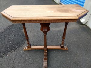Lentz Table Company antique oak end table for Sale in Battle Ground, WA