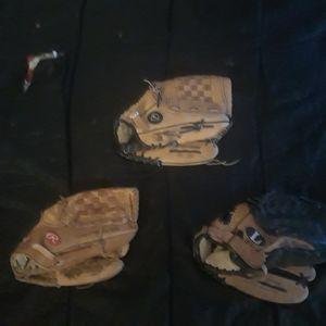 Baseball gloves for Sale in Oklahoma City, OK