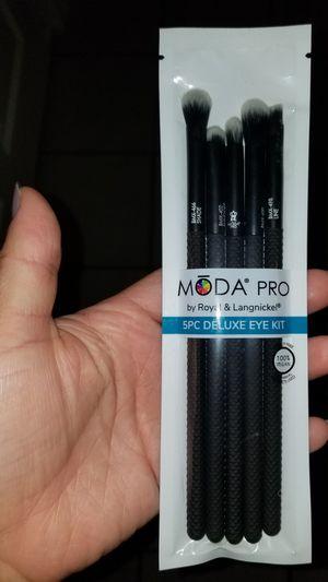 Moda Pro Brushes for Sale in Hayward, CA