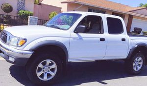 Good and Clean 2003 Toyota Tacoma for Sale in Wichita, KS
