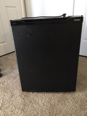 Mini fridge haier brand works great no use for it for Sale in Las Vegas, NV