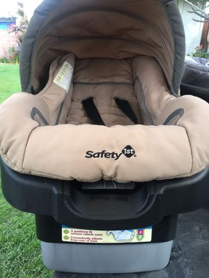 Safety First adjustable base car seat for Sale in Stanton, CA