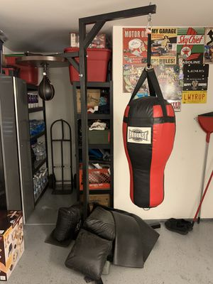 Punching Bag w/ Speed Bag Combo for Sale in Montebello, CA