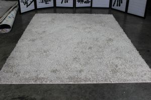 Medium Rug, Beige, R240002 for Sale in Pico Rivera, CA
