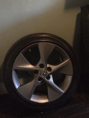 18 inch fan rims have all 4 asking 400 or I'll trade for accord rims depending on condition for Sale in Providence, RI
