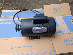 Leeson Electric Motor 1/2 HP for Sale in Chantilly, VA