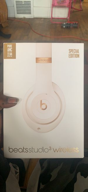 Beats studio 3 wireless Special Edition for Sale in Detroit, MI