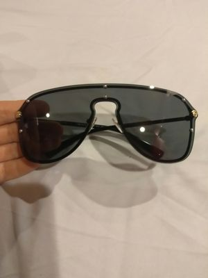 Versace sunglasses for Sale in Columbus, OH