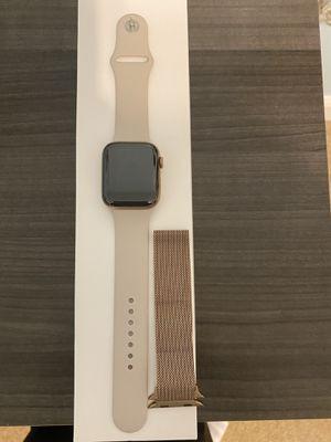 Apple Watch Series 5 44mm for Sale in St. Petersburg, FL