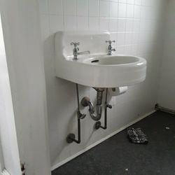 Antique Cast Iron Sink Detached for Sale in Virginia Beach,  VA