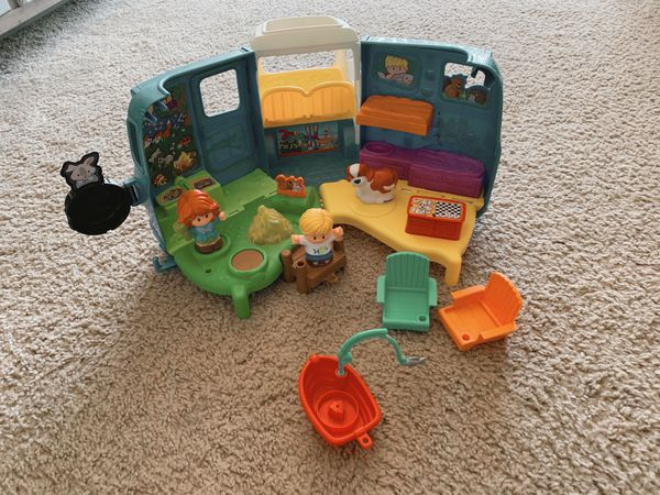 Toy Bundle (Fisher Price Little People)