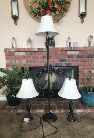 Set of three lamps for Sale in Norco, CA