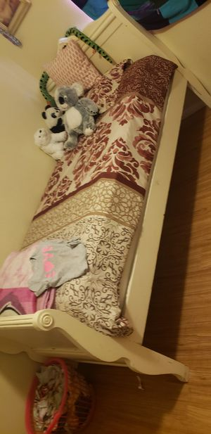 Twin beds for Sale in Calexico, CA
