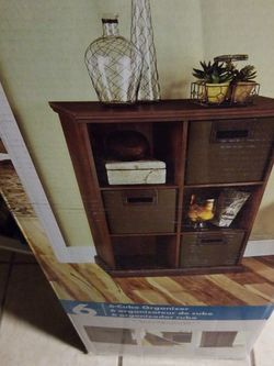 ClosetMaid 6 Cube Organizer Color Mahogany NEW for Sale in Irvington,  NJ