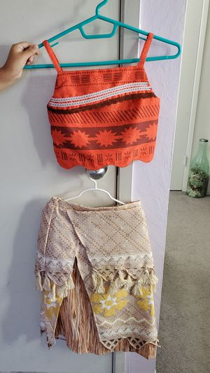 Moana Costume / Shirt & Skirt size 7 / 8 for Sale in Union City, CA