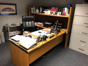 Desk - Used Office Furniture (DESK ONLY) for Sale in South Elgin, IL