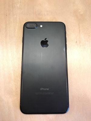 iPhone 7 Plus 32GB Unlocked for Sale in Tampa, FL
