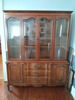 Antique China Cabinet for Sale in Warren, MI