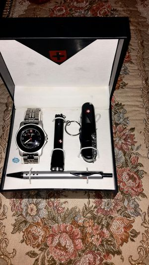 Watch gift set. for Sale in Manassas, VA