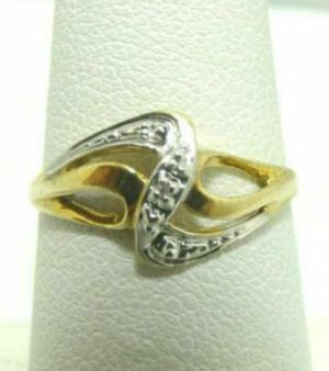 Solid 10k gold ring Size 7 for Sale in Los Angeles, CA
