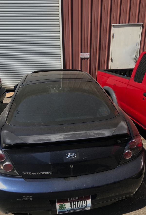 I am parting out my 2008 Hyundai tiburón or a good offer the motor is bad