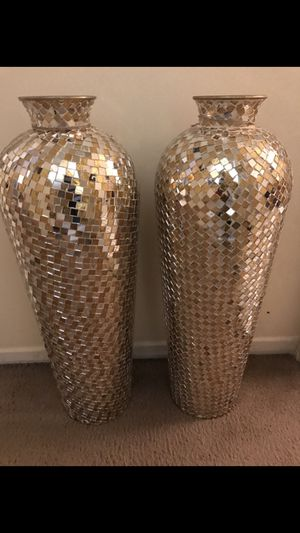 "Set of 2 large 30"" tall gold silver mosaic vases I have 2 different pairs check out all pictures click on my profile picture choose my offers for mor for Sale in MONTGOMRY VLG, MD"
