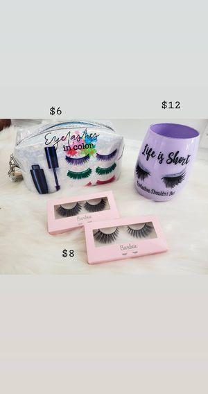 Brush holder & makeup bag for Sale in Los Angeles, CA