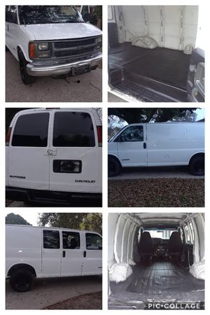 2000 Chevy express for Sale in Houston, TX