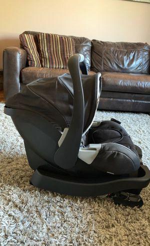 Recaro newborn-infant car seat for Sale in Nicholasville, KY