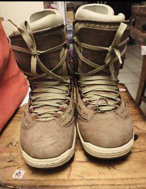 Burton snowboard boots men's size 8 for Sale in Moreno Valley, CA
