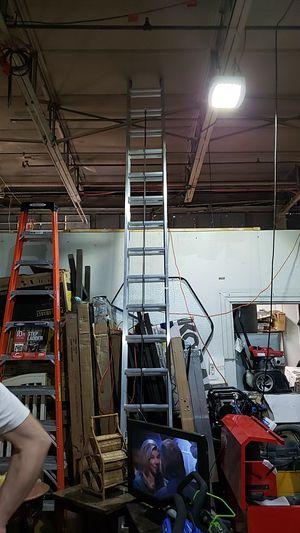 32 feet ladder for Sale in Dearborn, MI