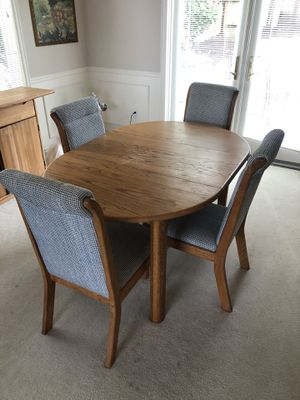 Dining Room Set for Sale in Bellevue, WA