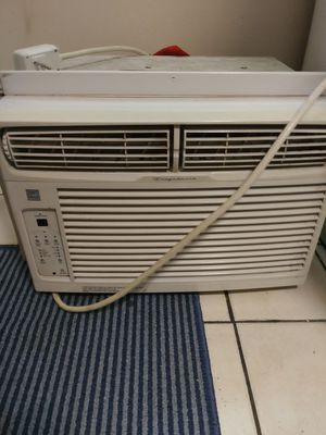 $70 Frigidaire air conditioner great deal $70 for Sale in Columbus, OH