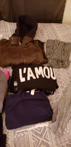 Woman clothes size small/medium for Sale in Manassas, VA