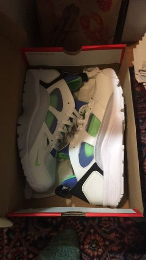 Air max 90 essential men 9.5 for Sale in Rockville, MD