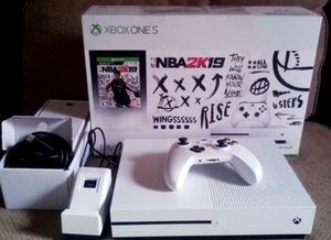 Xbox 1s nba 2k19 edition bundle for Sale in Webb City, MO
