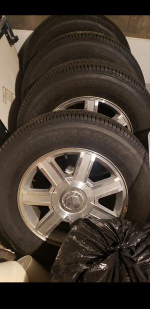 """18 """" Rims & Tires! Cadillac Escalade Stock Rims Like New. 265/65/18 for Sale in Bellevue, WA"""