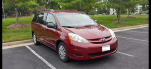 2008 Toyota Sienna LE Minivan 4D - Very low miles (98000)- Clean & well maintained for Sale in Herndon, VA