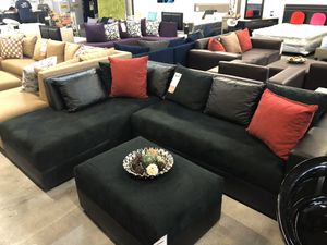 Black on Black Sectional Sofa w/ Wide Seats 🏷 for Sale in Miami, FL
