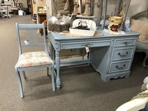 Blue desk for Sale in San Marcos, CA