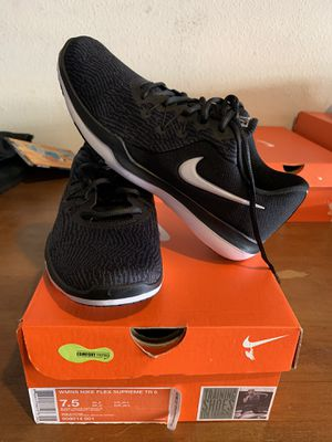 Women's size 7.5 Nike shoes for Sale in Rancho Santa Margarita, CA