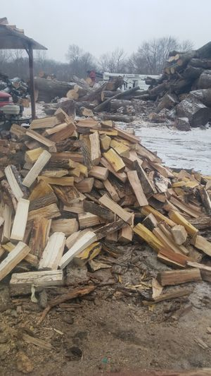 Firewood for Sale in Des Moines, IA