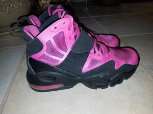 Nike Air Max (youth) for Sale in Millville, NJ