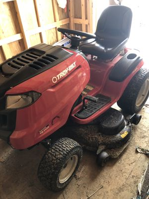 Troy-Bilt TB2450 Riding Lawn Mower for Sale in Lynchburg, VA