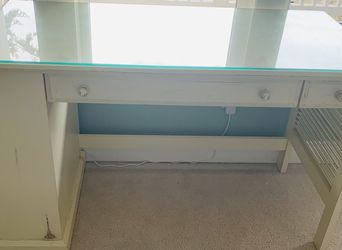 Pier 1 Imports White / Ivory Desk and Matching Chair for Sale in Des Moines,  WA
