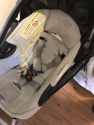 Orbit car seat and base for Sale in Philadelphia, PA