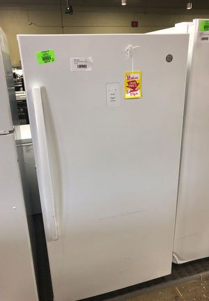 Brand New GE 17.3 Up Right Freezer (Model:FUF17DLRWW) 972 for Sale in Lakewood, CA