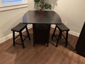 Breakfast table and chairs for Sale in Houston, TX