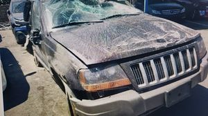 2004 Jeep Grand Cherokee parting out 4.0 for Sale in CA, US